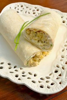 Print Tuna rolls Tuna rolls, easy and cheap Course Appetizer, wraps Cuisine French Keyword Drop your recipe from the world, Rolled, Tuna Servings 4 Calories 140 kcal Ingredients 1 Egg 100 g Pitted green olives 2 Tuna cans with… Continue Reading → Vegetarian Recipes, Snack Recipes, Healthy Recipes, Sandwiches, Healthy Cooking, Healthy Snacks, Food Film, Tortilla, High Tea
