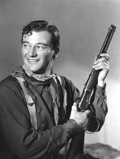 On this day in John Wayne, an iconic American film actor famous for starring in countless westerns, dies at age 72 afte. John Wayne Quotes, John Wayne Movies, Classic Hollywood, Old Hollywood, Hollywood Icons, Hollywood Actor, Bravura Indômita, Young John Wayne, Stagecoach 1939