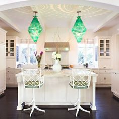 Design Manifest: Oversized Kitchen Pendants- 12 Statement Makers