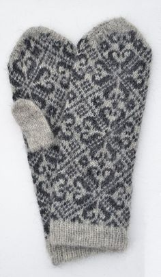 Knitting mittens pattern fair isles fingerless mitts 63 New ideas Crochet Baby Mittens, Knitted Mittens Pattern, Crochet Gloves, Knit Mittens, Knitting Socks, Crochet Blankets, Crochet Lace, Knitting Charts, Baby Knitting Patterns