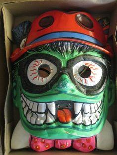 Halloween Mask molded plastic Hallowen by BroughtBackToYou Halloween Apples, Halloween Goodies, Halloween Items, Halloween Masks, 1950s Halloween, Vintage Halloween, Halloween Fun, Monster Mask, Monster Toys