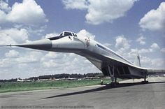 TU-144在谢列梅捷沃 Tupolev Tu 144, Commercial Plane, Concorde, Spacecraft, Zeppelin, Places To Travel, Fighter Jets, Pilot, Aviation