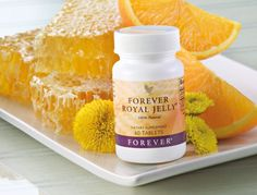 Forever Living is the largest grower and manufacturer of aloe vera and aloe vera based products in the world. As the experts, we are The Aloe Vera Company. Forever Aloe, Forever Living Products, Propolis Creme, Forever Living Business, Royal Jelly, How To Increase Energy, Health And Wellbeing, Berry, Health And Wellness