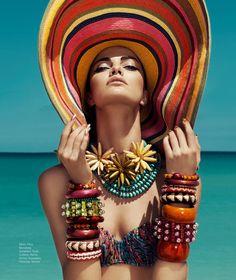 Barbara Fialho Modellen Beach Style voor Harper's Bazaar Mexico door Danny Cardozo