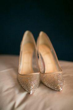 Weeding Shoes | Kimberly Coccagina Photography | #weddingshoes #wedding #heels