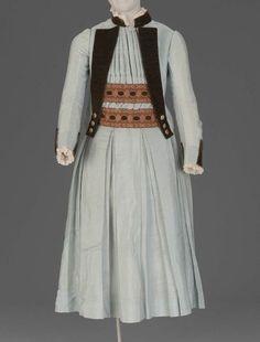 Girl's Dress - 1885 - The Museum of Fine Arts, Boston