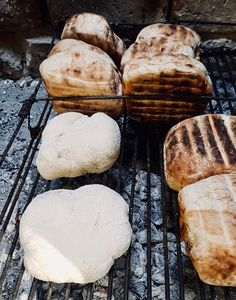 Smoke. Fire. Bread... roosterkoek Braai Recipes, Book Burning, Fire Food, Cooking Bread, Small Tins, Clean Grill, South African Recipes, Dry Yeast
