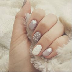 Lovely cable knit sweater nail design