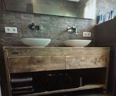 Meubel van steigerhout met waskommen, super!