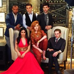 Find images and videos about shadowhunters, katherine mcnamara and matthew daddario on We Heart It - the app to get lost in what you love. Dominic Sherwood, Shadowhunters Tv Show, Shadowhunters The Mortal Instruments, Matthew Daddario, Katherine Mcnamara, Malec, Cassandra Clare, Shadow Hunters Cast, Clary E Jace