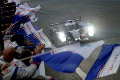 """A TOYOTA Racing conquistou a segunda """"dobradinha"""" consecutiva da época, ao colocar ambos os TS040 Hybrid na 1ª e 2ª posição nas 6h de Xangai."""