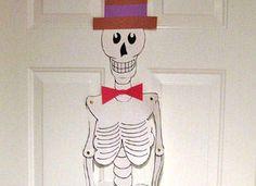 Fer un esquelet a mida gran. Es pot descarregar