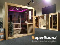 Ruimte infrarood sauna en traditionele sauna in één! Cabine Sauna, Showrooms, Red Cedar, Divider, Furniture, Design, Home Decor, Homemade Home Decor