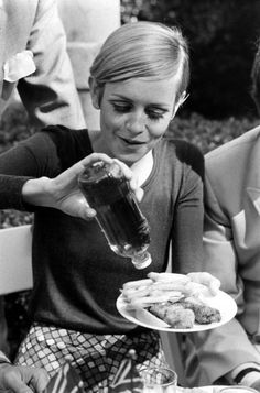 Twiggy 1967 - fish and chips and vinegar!