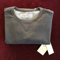 """Warm and comfy sweatshirt for fall. Dark gray comfy Jachs sweatshirt. Brand new with tags. Perfect condition. 20"""" across underarms. 27"""" from shoulder to hem. 60 cotton 40 poly. Very soft. Perfect for the evenings or weekends.  Size small men's or women's medium.  Made in New York City. Jachs Mfg  Tops Sweatshirts & Hoodies"""