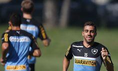 BotafogoDePrimeira: Gabriel quer matar saudade de jogar e vê time mais...