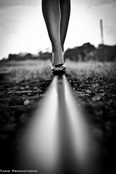 Untitled photo by Dan Mewing. Black N White, Black And White Pictures, Shotting Photo, Photo D Art, Train Tracks, Photo Black, Wild Ones, Girl Photography, Belle Photo