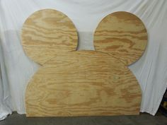Headboard, Mickey mouse ears