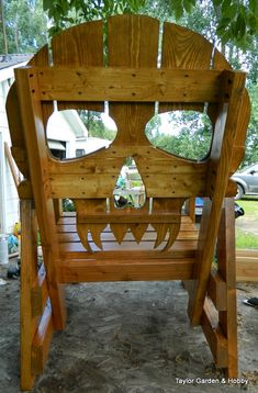 Workshop Addict - Woodworking, Metal Fabrication, DIY & Home Remodelling Forum Pallet Chair, Wooden Pallet Furniture, Diy Chair, Wood Pallets, Skull Furniture, Wood Shop Projects, Backyard Projects, Diy Patio, Cool Chairs