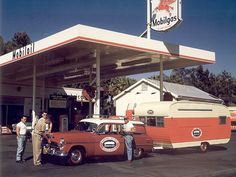 Wagons in vintage Street scenes - Page 25 - Station Wagon Forums