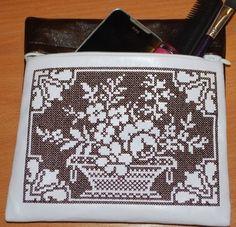 Advanced Embroidery Designs - Porcelain Flower Basket Set
