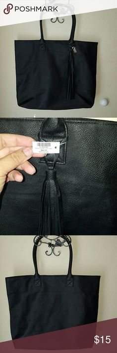Chico's bag New never used, please ask questions. Chico's Bags