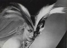 "maliciousglamour: "" L'Officiel August 1939 Photographer: Robert Rigassi Hat by Caroline Reboux "" Suzy, Caroline Reboux, 1930s Hats, Retro Fashion, Vintage Fashion, Vintage Vogue, Vintage Hats, Vintage Headpiece, Paris Mode"