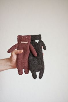 Knitted Teddy Bear Toy for Baby Boys and Baby Girls   by domatoma