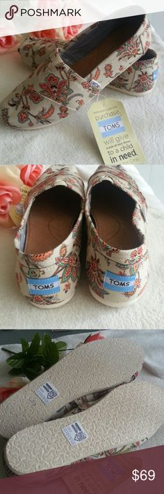 NWT Toms Vintage Paisley 8.5 Size 8.5W  New with tag TOMS Shoes