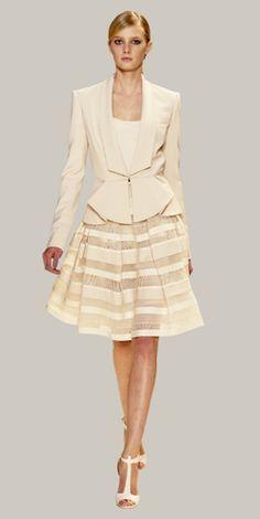 Elie Saab, modelos pret a porter elegantes para mujer