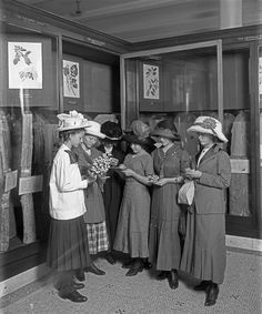 From the archives: young women study flowers in the Museum's forestry hall, October 1911  © AMNH Library/Image #33603