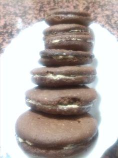 Galletas tipo oreo Relleno, Cookies, Desserts, Ideas, Food, Vegetarian Desserts, Dessert Recipes, Spoons, Sweet
