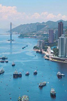 A breathtaking view of Hong Kong bay