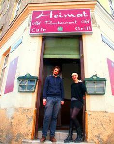 Eine coole Idee aus Berlin wird in #Wien übernommen. Im #Leihladen Leila in Ottakring heißt das Motto: Leihen statt Kaufen! Motto, Grilling, Berlin, Broadway Shows, Restaurant, City Life, Cool Ideas, Twist Restaurant, Diner Restaurant