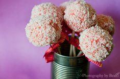 Strawberry Cheesecake Raw Vegan Cake Pops