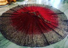 Gorgeous, modish Indian Wedding Bridal Lehenga and choli blouse, Brilliant for Indian Wedding Fashion, Indian Wedding Sangeet Fashion, Mod via (original source unknown) Lehenga Wedding, Indian Bridal Lehenga, Pakistani Bridal Dresses, Indian Gowns, Red Lehenga, Indian Attire, Designer Bridal Lehenga, Indian Bridal Outfits, Indian Designer Outfits