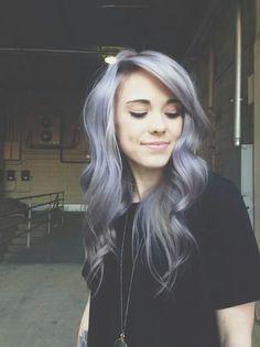 Image via We Heart It #alternative #girl #grunge #hair #it #pale #pretty #purple #♥ #ⓦⓔ