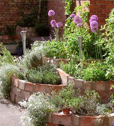raised plant beds of brick Plants For Raised Beds, Landscape Bricks, Brick Planter, Shade Garden, Dream Garden, Garden Beds, Garden Inspiration, Backyard Landscaping, Vegetable Garden