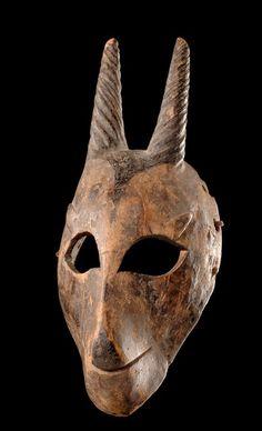 """Mask """"karikpo"""" Nigeria, Ogoni"""