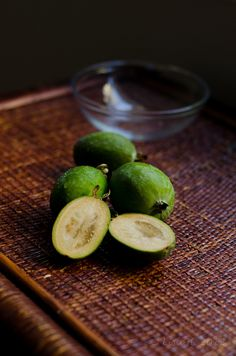 Feijoas, pride of New Zealand Fruit Recipes, Whole Food Recipes, Pineapple Guava, Fruit Preserves, Fruit Photography, Tropical Fruits, Urban Farming, Fresh Fruit, I Foods