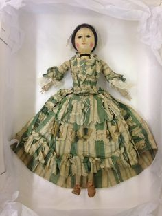 F&T at Bowes Museum (@fashionatbowes) on Twitter Wooden Figurines, Wooden Dolls, Doll Museum, Clothespin Dolls, Queen Anne, Antique Dolls, Doll Toys, Daydream, Old And New