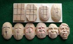 Probeer emoties in het gezicht te leggen .... Hiet met hout, maar volgens mij ook makkelijk met klei te maken.