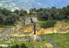Vue aérienne, citadelle de Kuelap Chachapoyas