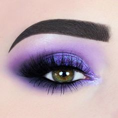 "3,716 mentions J'aime, 61 commentaires - ARIANNE DREESSEN. (@1500px) sur Instagram : ""WITCH VIBES  _________________________ products used: • @kyliecosmetics the purple palette…"""