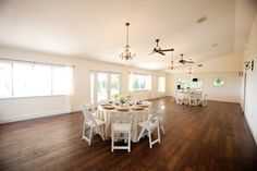 Florida wedding venue: Destin Bay House in Destin | Photo: kansas pitts photography