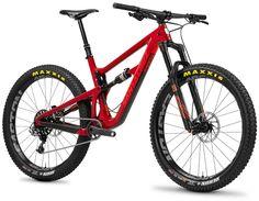 Breaking News: Santa Cruz Announces New Hightower 27.5+/29er | Singletracks Mountain Bike News