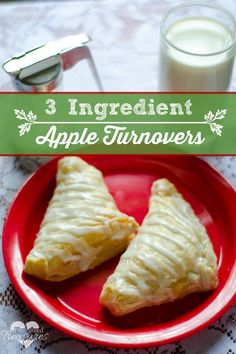 3 Ingredient Apple turnovers are super-easy, quick and YUMMY! Enjoy these for a quick breakfast or treat -- without all the fuss! #quickrecipes #applerecipes #appleturnovers #fallrecipes #easyrecipes www.pintsizedtreasures.com