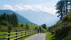 Via Claudia Augusta - cyclists climbing towards the Reschenpass