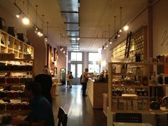 Harney & Sons in New York, NY The teas you like are the Gunpowder Green and The Big Red Sun