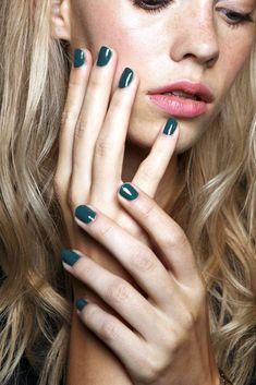 Teal Nails At Karen Walker S/S 2015